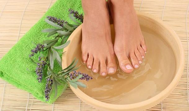 Aqua-Ionic Foot Detox